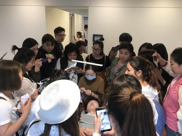 BLAU 大阪 心斎橋 サロン見学